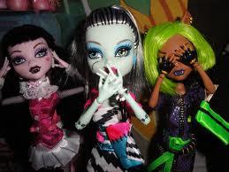 Akemi Marie @ Monster High Dolls.com