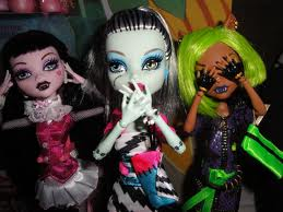 Akemi Marie @ Monster High Dolls.com